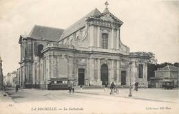 CPA 17 Charente Maritime La Rochelle Lot 9 Cartes Dont 8 Neuves Cathedrale Tour Richelieu Mail Hotel De Ville Quai Port - La Rochelle