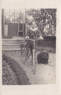 CPA-PHOTO Carte-Photo Garçonnet Avec Sa Bicyclette Et Son Chien Vélo Cyclisme Cycling Radsport - Cyclisme
