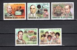 COTE D'IVOIRE    N° 451 à 455   OBLITERES  COTE  3.00€    PRIX NOBEL - Ivory Coast (1960-...)