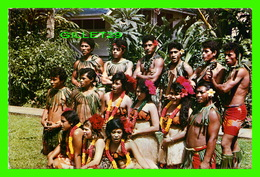 SAMOA ISLAND - AGGIE GREY'S HOTEL STAFF PERFORMERS RELAXING ON THE LAWN - TRAVEL - - Samoa