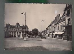 CP (71) Autun - Place Du Champ De Mars Et Théâtre - Autun