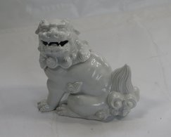 Japanese Porcelain Figurine - Art Asiatique