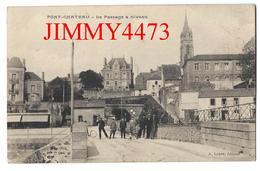 CPA - Le Passage à Niveau Bien Animé - PONT-CHATEAU  44 Loire Inf. - Edit. A. Loyer - Scans Recto-Verso - Pontchâteau