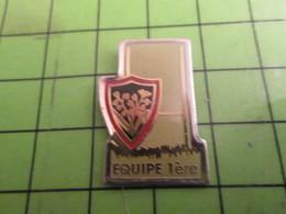811H Pin's Pins / Rare & De Belle Qualité : THEME SPORTS / RUGBY MUGUET TOULON EQUIPE 1ère POTEAUX - Rugby