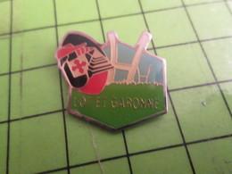 811J Pin's Pins / Rare & De Belle Qualité : THEME SPORTS / RUGBY LOT ET GARONNE MOUSQUETAIRE INTERMARCHE - Rugby
