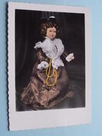 L'ARLESIENNE > POUPEES Des PROVINCES De FRANCE ( Poupées MAGALI / Edit : S.E.P.T. Nice ( Voir / Zie Photo ) Anno 19??! - Costumes