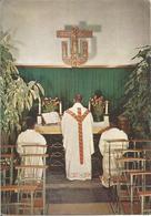 EXPO 58 - PAVILLON DES MISSIONS CATHOLIQUES DU CONGO BELGE ET DU RUANDA-URUNDI. Prêtres, Montez à L'autel.  (scan Verso) - Universal Exhibitions