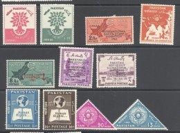 PAKISTAN, 1958-61, Six Sets Very Fine Light MM - Pakistan