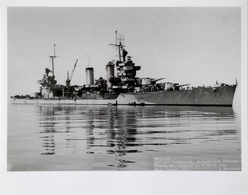 "USS ""Minneapolis"" CA 36, American Heavy Cruiser, Mare Island 4.9.43 - Boats"