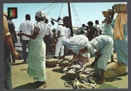 CP N°25 - Angola,Luanda, Marché Populaire-Popular Market - Marchés