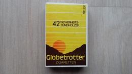Zündholzschachtel  Aus Deutschland Mit Zigaretten-Werbung (Globetrotter) - Zündholzschachteln