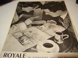 ANCIENNE PUBLICITE  CIGARETTE ROYAL 1960 - Tabac (objets Liés)