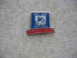 Pin's EDF-GDF Services De NANCY Sud - EDF GDF