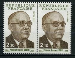 FRANCE   Vincent Auriol    Paire    N° Y&T  2342 Et 2344  ** - Neufs
