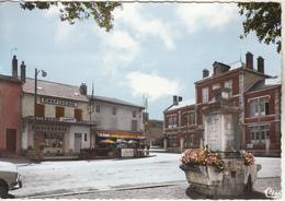 GANNAT - Carrefour St James Et Les Ecoles Jolie Carte - Otros Municipios