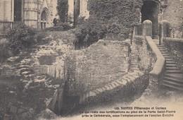 44 - Loire Atlantique - Nantes - Restes Des Fortifications Au Pied De La Porte St-Pierre Près De La Cathédrale - Nantes