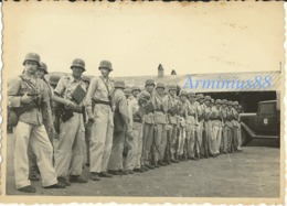 Luftwaffe - 7. Luftlandung Division - Kreta, 1941 - Tenue Tropicale - Pistolet Mitrailleur Bergmann MP34/I & MP35/I - Guerre, Militaire