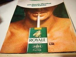 ANCIENNE AFFICHE  PUBLICITE  CIGARETTES ROYALE 1969 - Raucherutensilien (ausser Tabak)