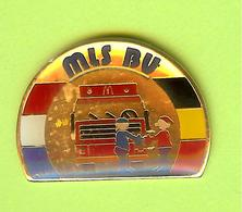 Pin's Mac Do McDonald's Bus Autobus MLS BU - 2CC16 - McDonald's