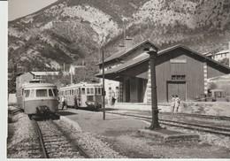 CP - PHOTO - CROISEMENT DE TRAINS A VILLARS SUR VAR - 29.9.1968 - J. L. ROCHAIX - 602.4 - France