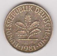 1981 Germania - 10 Pf Circolata (fronte E Retro) - [ 6] 1949-1990 : RDA - Rep. Dem. Tedesca