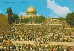 Gerusalemme - Fedeli Che Pregano Nel Cortile Della Cupola Della Roccia - Palestina
