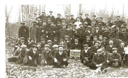 77 MORET-SUR-LOING - Carte-photo Reproduction (?) - 1920 - Cheminots Grévistes - Moret Sur Loing