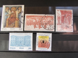 ITALIA USATI - LOTTO 5 FRANCOBOLLI ANNO 2001 - 6. 1946-.. Repubblica