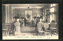 CPA Bagnoles-de-L`Orne, Vestibule Du Grand Hotel - Bagnoles De L'Orne