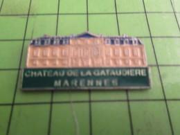 918c Pin's Pins / Rare & De Belle Qualité : THEME VILLES / MARENNES CHATEAU DE LA GATAUDIERE - Games