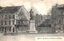 Namur - La Statue D'Omalius D'Hallois (animée, Café) - Namur