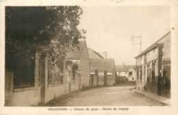 89 - CHAMVRES - Centre Du Pays - Route De Joigny En 1956 - Autres Communes