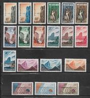 Colonies Timbres De Réunion De 1947   N°262 A 280 Neufs  Belle Gomme - Neufs