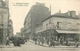 92 - BOURG LA REINE - Rue Du Chemin De Fer - Animée Café  1919 - Bourg La Reine