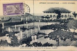 1917 , COTE D'IVOIRE - COSTA DE MARFIL , TARJETA POSTAL CIRCULADA , GRAND BASSAM - LE TENNIS ET LA BANQUE  ANGLAISE - Ivory Coast (1892-1944)