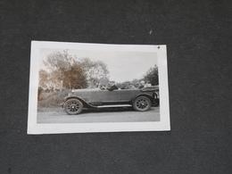 VEHICULE ANCIEN ET PASSAGERS CIRCA ANNEES 20- MODELE A IDENTIFIER - - Automobili