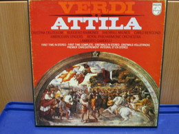 LP009 - COFANETTO 2 LP + LIBRETTO - ATTILA - - Oper & Operette