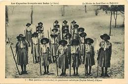 Themes Div-ref Z489- Scoutisme - Scouts - Scout -les Capucins Francais Aux Indes -des Guides Du Pensionnat D Ajmer - Pfadfinder-Bewegung