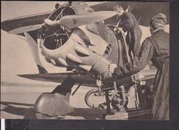 """Postkarte Bodenpersonal Macht Das Flugzeug Startklar , Luftwaffen - Illustrierte """" Der Adler """" - Deutschland"""
