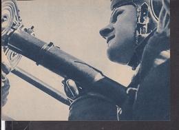 """Postkarte MG Schütze Deckt Das Flugzeug Gegen Einen überraschenden Angriff  , Luftwaffen - Illustrierte """" Der Adler """" - Briefe U. Dokumente"""