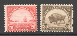 1920 Regular Issue  20¢ Golden Gate, 30¢ Buffalo Sc 698, 700  MH - Ungebraucht