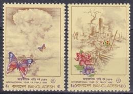 Bangladesch Bangladesh 1986 Organisationen UNO ONU Frieden Peace Atompilz Ruinen Blumen Schmetterlinge, Mi. 252-3 ** - Bangladesch