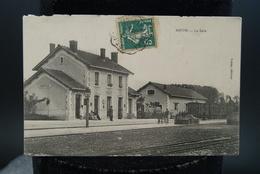 17 Lot De 2 Cartes CPA Matha La Gare Chateau Et Parc - Matha