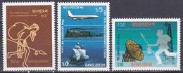 Bangladesch Bangladesh 1983 Organisationen UNO ONU Weltkommunikationsjahr Post Flugzeug Eisenbahn Schiff, Mi. 197-9 ** - Bangladesch