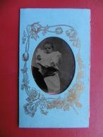 FERROTYPE PHOTO CDV ENFANT TENUE PAR MAINS NOIRES - Ancianas (antes De 1900)