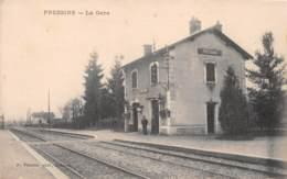 Pressins - La Gare - France