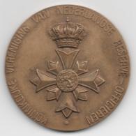 Netherlands: Koninklijke Vereniging Van Reserve-Officieren. Military Coin, Medal - Medailles & Militaire Decoraties