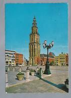 NL.- GRONINGEN. Martinitoren. Grote Markt.. Old Cars. - Kerken En Kathedralen