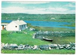 Ref 1256 - Postcard - Cottage & Harbour Ballinaboy Clifden Connemara - Galway Ireland Eire - Galway
