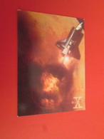 126-150 : TRADING CARD TOPPS SERIE TELE X-FILES MULDER SCULLY : N°18 ESPACE - X-Files